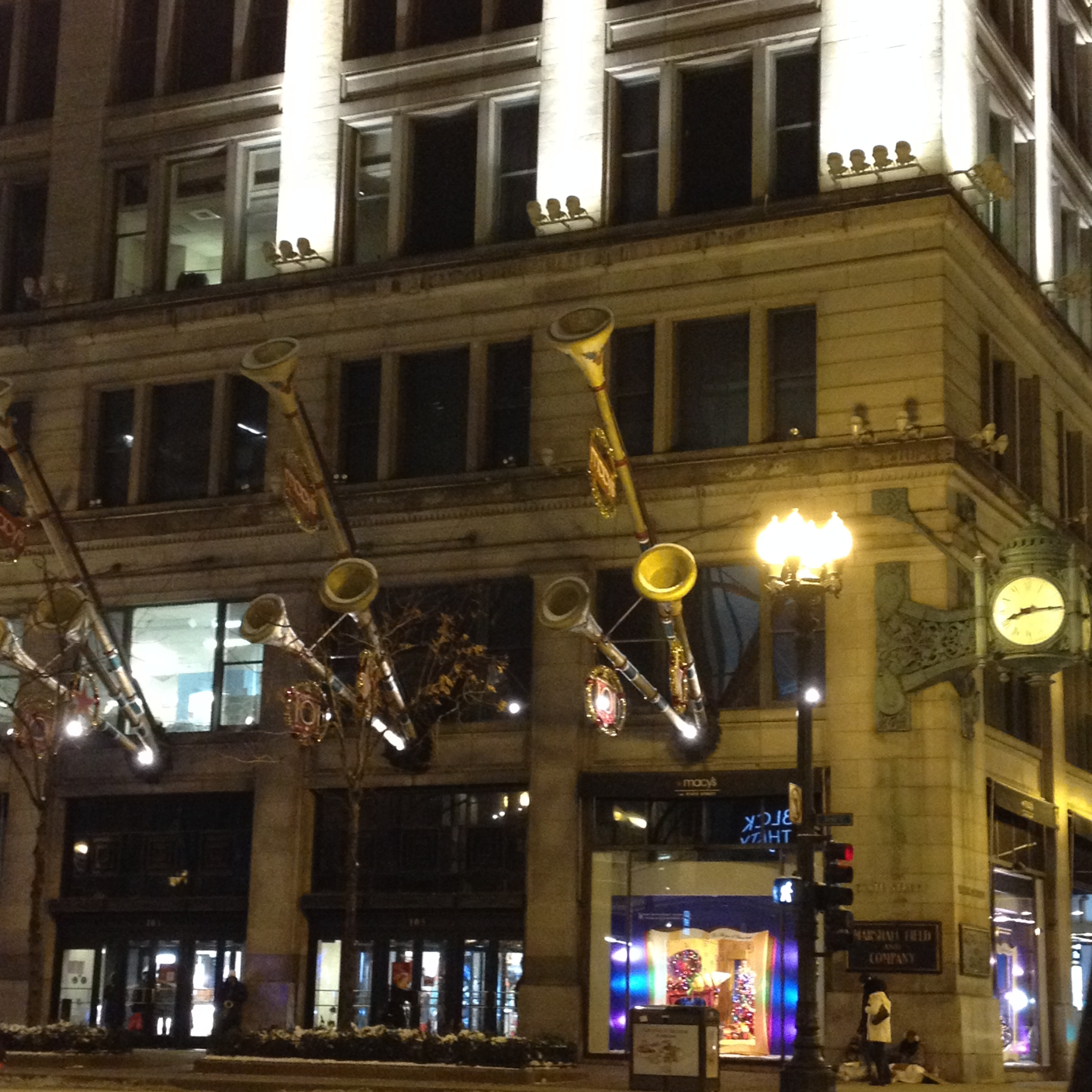 Holiday Spirit In Chicago Kyle In ChicagoKyle In Chicago